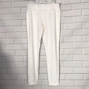 Pants - No Name White Leggings Size Medium